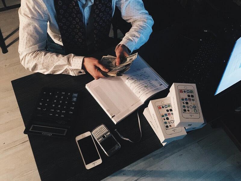 O obsłudze i relacjach z klientami słów kilka.