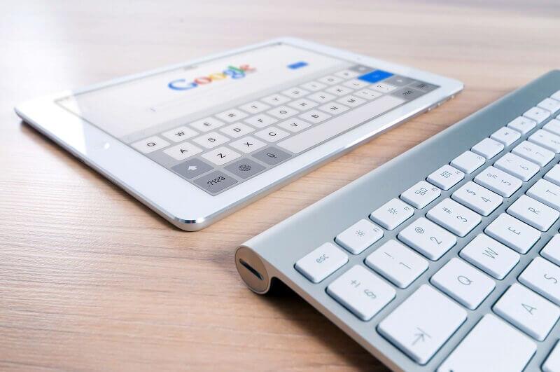Czym jest SEO copywriting i jakie cechy powinien mieć dobry kopirajter – SEOwiec?